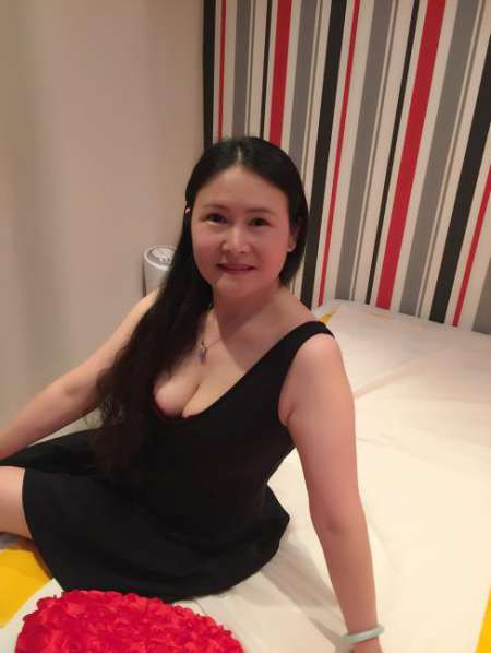 Massage royal asiatique 75008 new salon masseuse sur for Salon asiatique paris